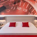 Hotel Pictures: Hotel Le Paddock, Magny-Cours