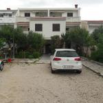 Apartments Metajna X, Metajna