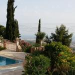 Hotel Pictures: Garden of Eden Villa, Paphos City