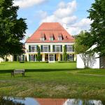 Hotel Pictures: Gut Altholz Landhotel und Restaurant Hutter, Plattling