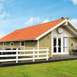 Hotel Pictures: Holiday Home Raade, Årøsund