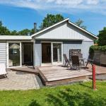 Hotel Pictures: Holiday Home Granvej III, Lystrup Strand
