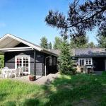 Hotel Pictures: Holiday Home Pramdragerparken IV, Fårvang