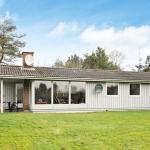 Hotel Pictures: Holiday Home Stenhusvej, Slettestrand