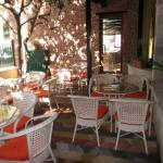 Hotel Pictures: Hotel Vila 15, Tirana