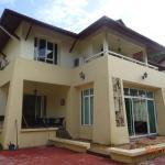 Penang Relux Seafront Villa,  Batu Ferringhi