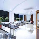 Flora Apartment Bali, Seminyak