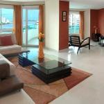 Hotel Pictures: Beachfront Aptos Torres Del Lago, Cartagena de Indias