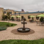 Former Vista Inn & Suites Fargo, Fargo
