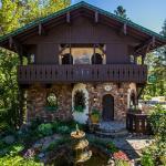 Storybook Riverside Inn,  Leavenworth