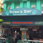 Ryan's Bar,  Pattaya North