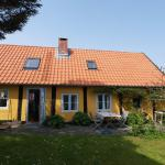 Hotel Pictures: Holiday home Kirkevej B- 2238, Gudhjem