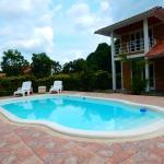 Hotel Pictures: Finca Familiar CR01, Restrepo