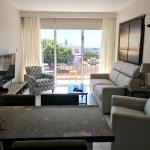 Hotel Pictures: Lux Driven Holidays, Larnaca