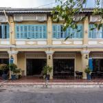 The Columns,  Kampot