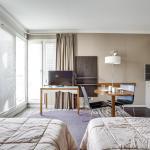 Hotel Pictures: Studio Porte de Versailles, Issy-les-Moulineaux