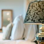 Hotel Pictures: Tinwood Estate Vineyard Lodges, Chichester