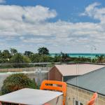 Hotel Pictures: Nepean Beachfront Apartment, Dromana