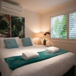 Hotel Pictures: Beach Bliss, Moonee Beach