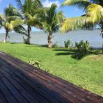 Hotel Pictures: Manatee Lodge, Gales Point