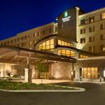 Embassy Suites by Hilton Akron Canton Airport, North Canton