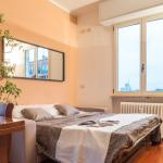 Hintown warm family flat, Milan