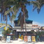 La Cubana Hostel Sleepbox,  Caye Caulker