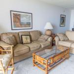 Barefoot Trace 204 - Two Bedroom Condo, Crescent Beach