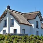 Hotel Pictures: Reetdachhaus im Fischerdorf, Freest