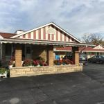Hotel Pictures: Sherwood Motel, Brantford