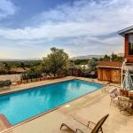 Salt Lake Valley Views Holiday Home,  Foothill Village