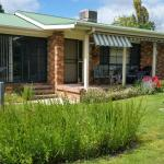 Hotellikuvia: Butterfly Cottage, Tumut