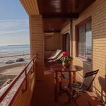 PCH Frontline Beach View & Sea apartment,  Matosinhos