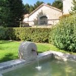 Hotel Pictures: La Cour Des Sens, Lagnes