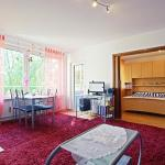 Hotel Pictures: 5122 Privatapartment WiFi Im Langen Feld, Laatzen