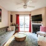 Applewood Suites - 4 Storey House, Toronto