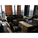 Applewood Suites - 2 BDRM King W, Toronto