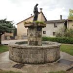 Hotel Pictures: Gîte de La Vierge Noire, La Sône