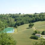 Hotel Pictures: Maison De Vacances - Beauville, Beauville