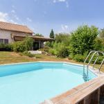 Hotel Pictures: Holiday home Le Passe Temps, Vergne-Libert