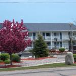 Sunrise Beach Motel,  Mackinaw City