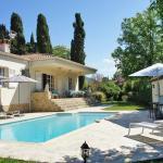 Hotel Pictures: Villa Des Roses, Cabris