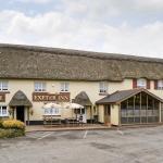 Hotel Pictures: Exeter Suite, Chittlehamholt