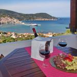 Irene' s Paradise, Skopelos Town