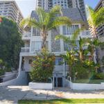 Ashton Apartment 323,  Los Angeles