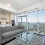 Diamond Vacation Homes - York St,  Toronto