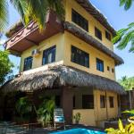 Beautiful Beach House con Flores, Puerto Escondido