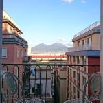 Guantai 30, Naples