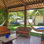 Hotel Pictures: Guarajuba Beach House, Guarajuba