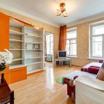 Apartment na Sennoy,  Saint Petersburg